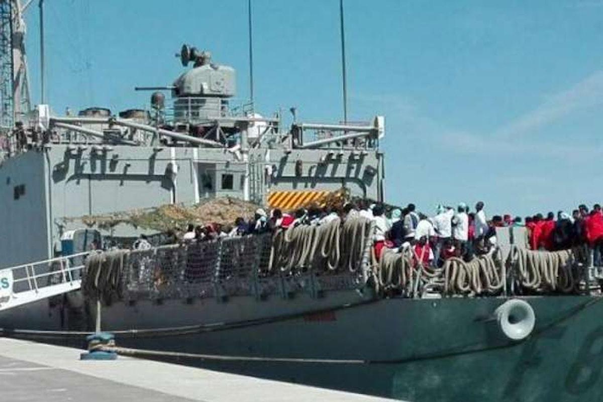 Cagliari, sbarco di altri 651 migranti. Per la polizia situazione esplosiva e drammatica e sicurezza a rischio