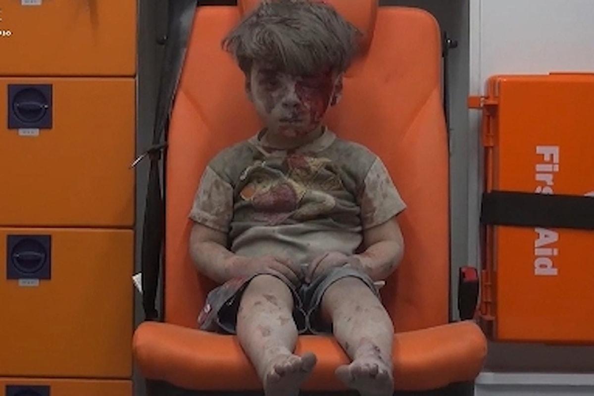ALEPPO STRAGE INFINITA - Continuano i raid aerei, 80 vittime civili, tra cui anche bambini