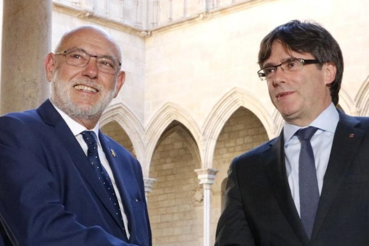 Madrid vuole arrestare Puigdemont, Junqueras e gli altri membri dell'ex Governo autonomo della Catalogna