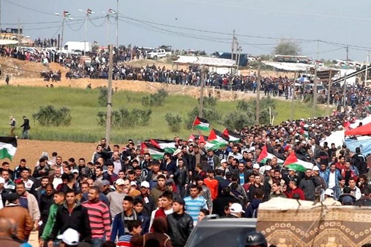 Israele compie un massacro e la comunità internazionale fa finta di non accorgersene