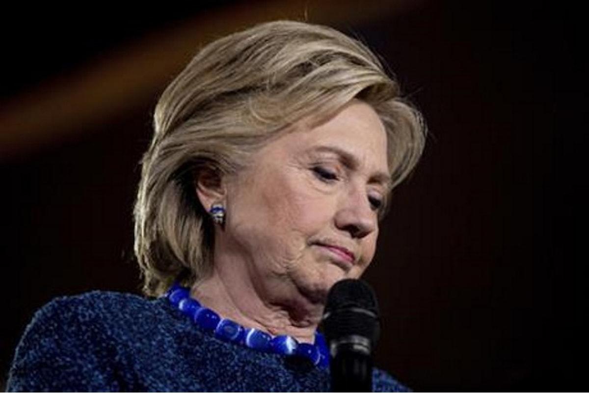 Riprendono le indagini della FBI sulle email della Clinton