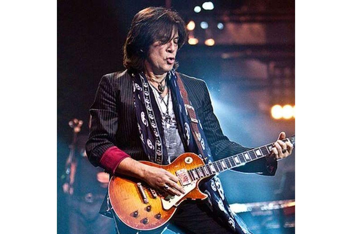 14 settembre, Maurizio Solieri (chitarrista di Vasco Rossi) sul palco di Gerundium Fest - Casirate (BG) con i Blascover
