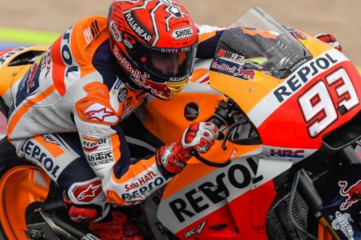 MotoGP. Sotto la pioggia di Misano Marquez vince e affianca Dovizioso in testa al mondiale