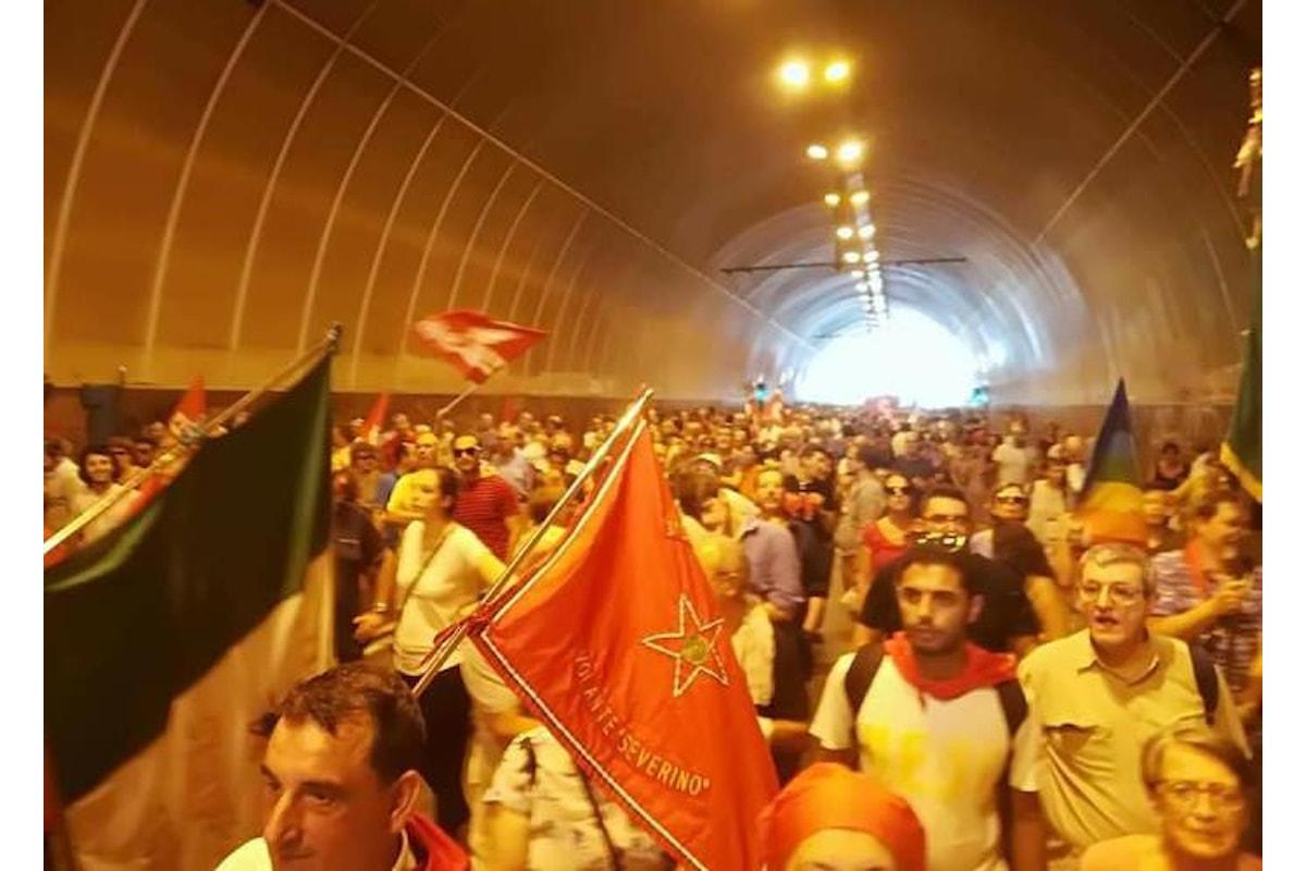 La Genova antifascista in piazza per ricordare la mobilitazione del 30 giugno di 58 anni fa