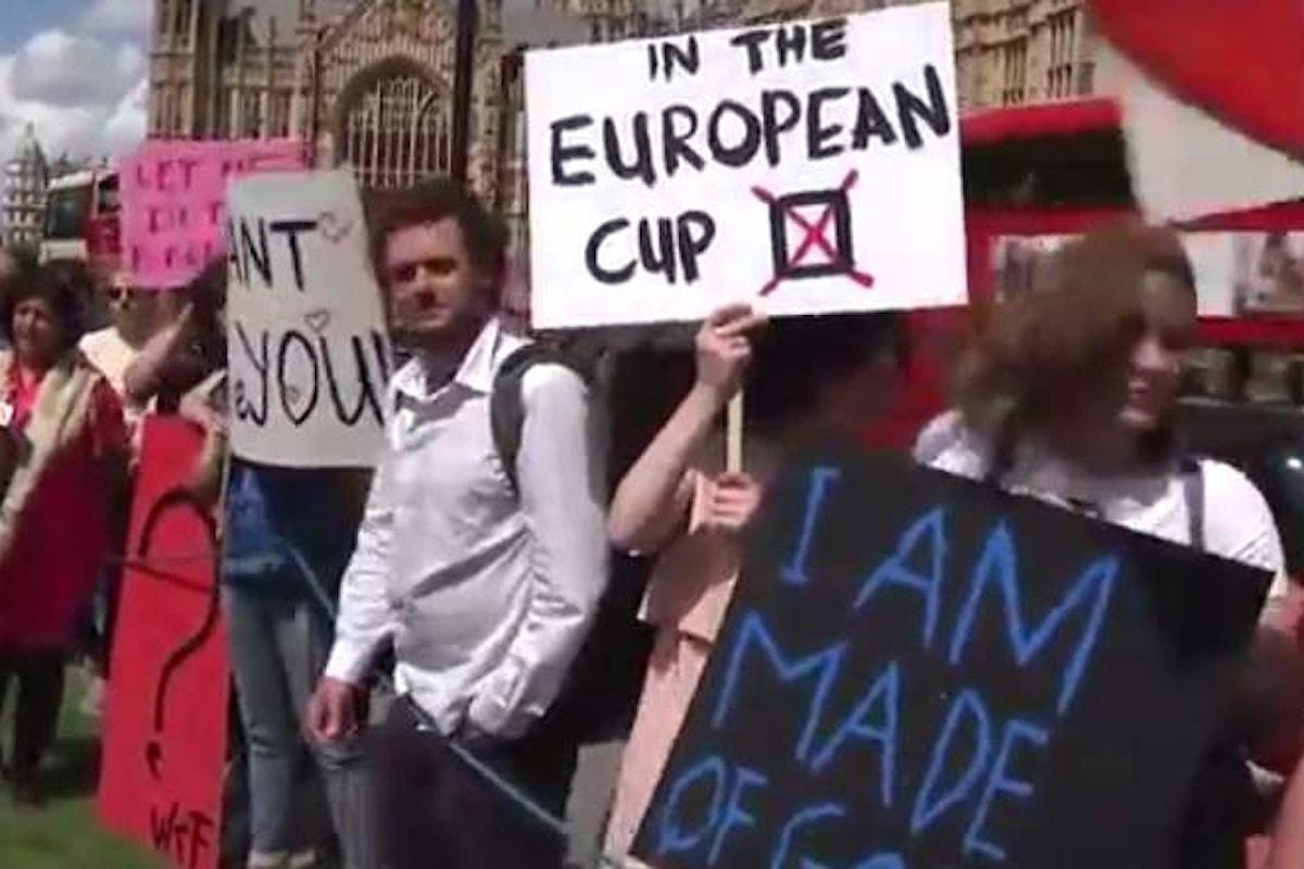 Brexit, presentata al Parlamento una petizione per un secondo referendum