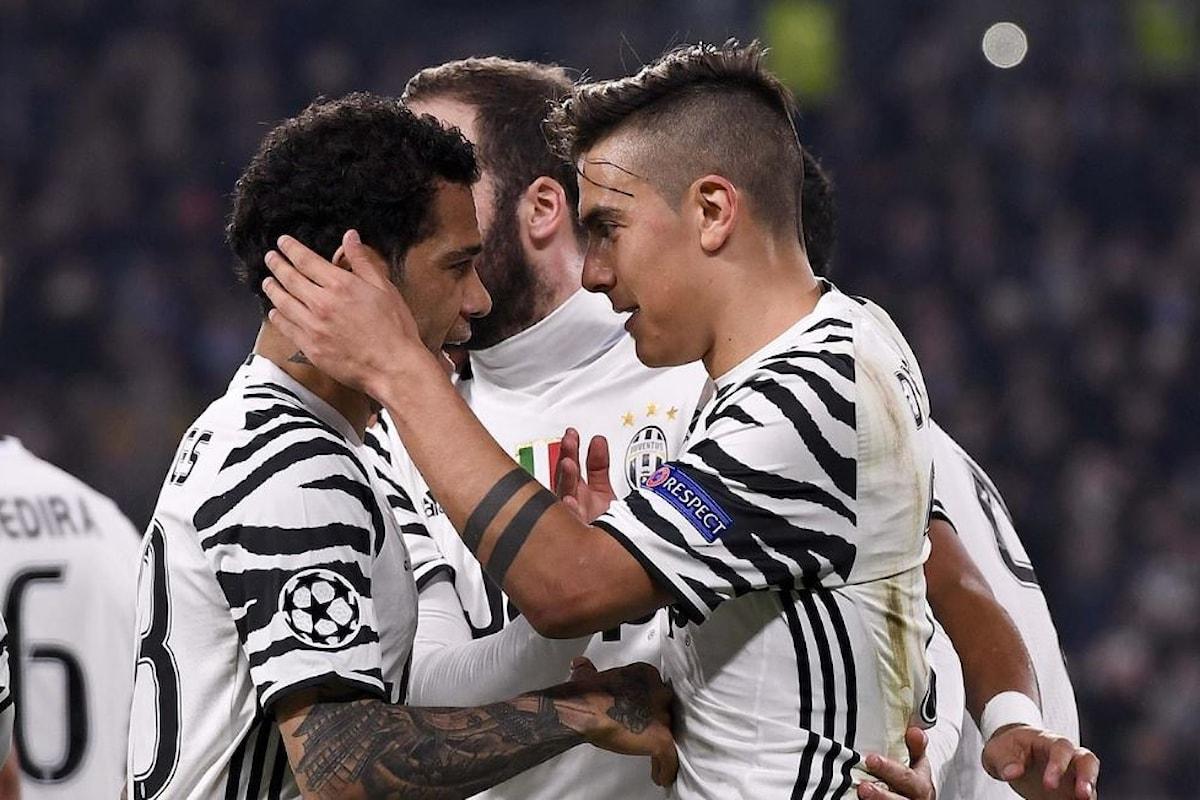 Caos in casa Juventus, Dani Alves avrebbe cercato di convincere Dybala ad andarsene