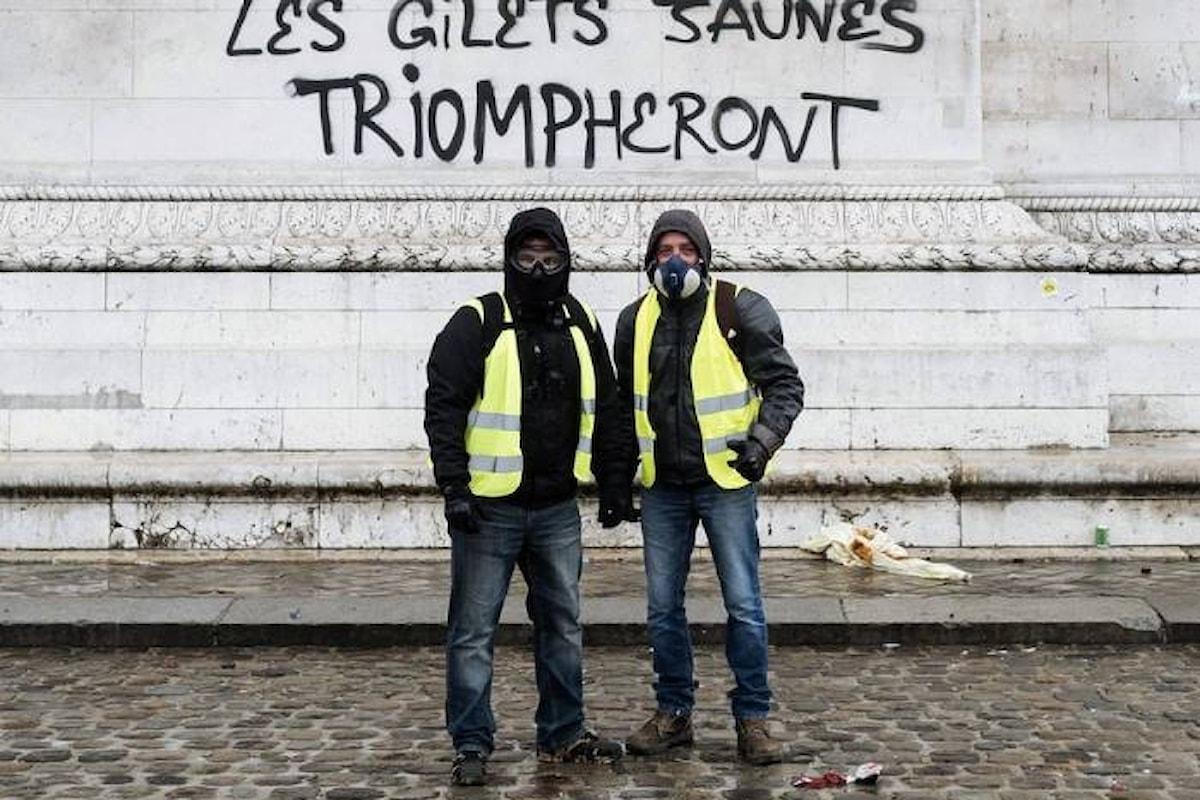 Parigi il giorno dopo l'ennesimo sabato di protesta dei gilet gialli